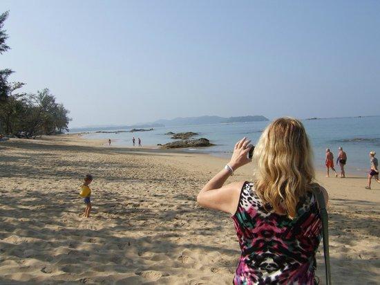 Khaolak Merlin Resort: Beach