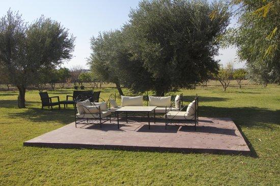 La Villa Kacy: salon extérieur