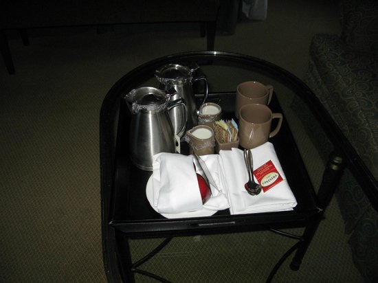 The Omni King Edward Hotel : select guest morning coffee