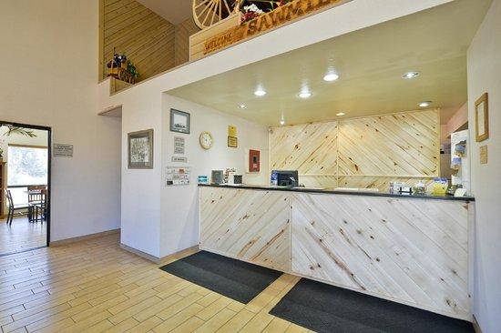 BEST WESTERN Sawmill Inn : Office