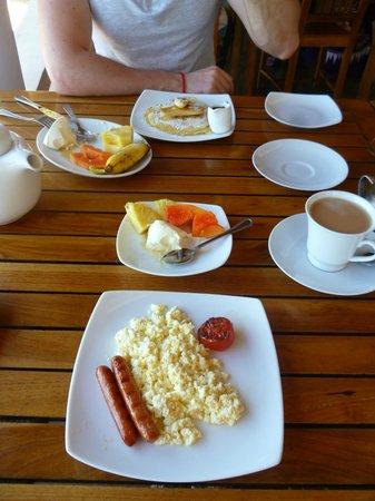 Sun'n'Sea Hotel: Завтрак. Вы можете выбрать.