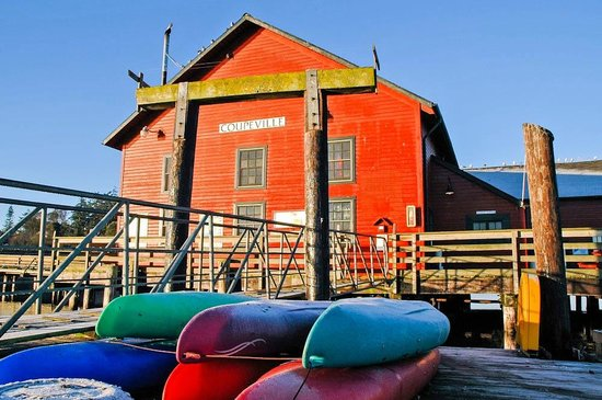 Garden Isle Guest Cottages: Wharf Building