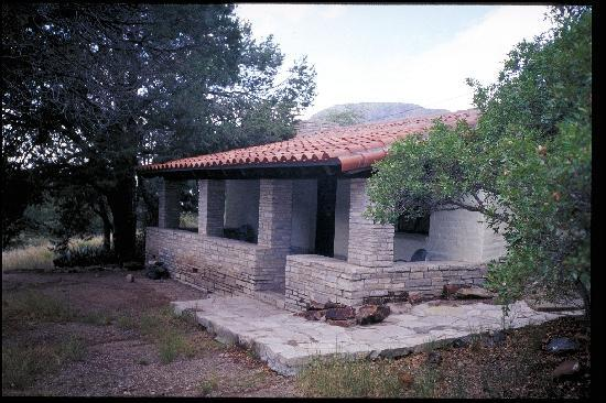 Stone cottage in chisos mountains basin picture of big for Big bend texas cabin rentals