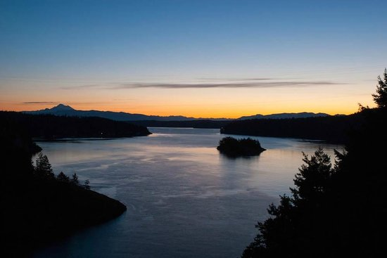 Garden Isle Guest Cottages: Deception Pass State Park