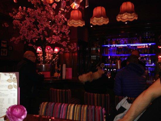 Hotel Estherea: Bar