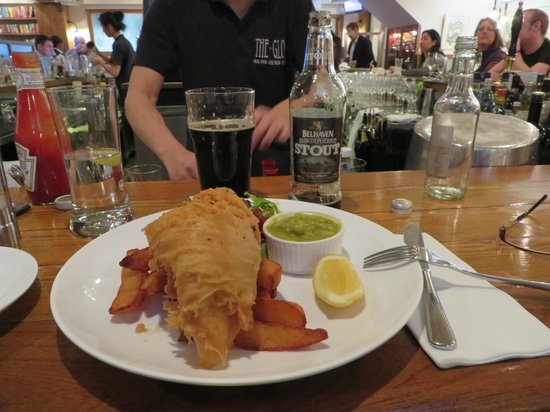 The Globe : Fish and chips