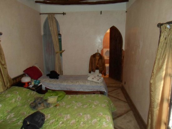 Riad Jakoura: Twin Room
