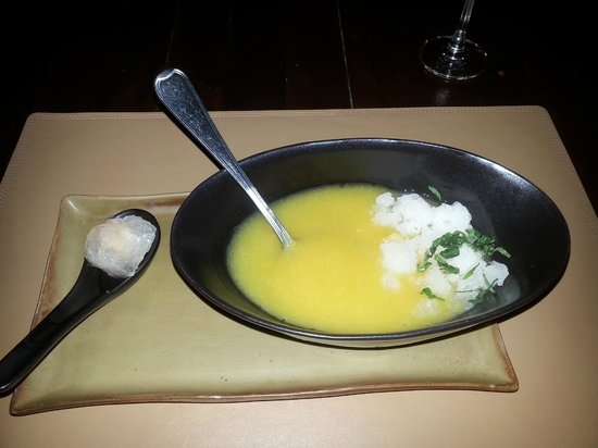 Barracuda Restaurant : mangosoep met lychee granita