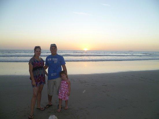 Hacienda JJ: Atardecer en Playa Grande, super hermoso