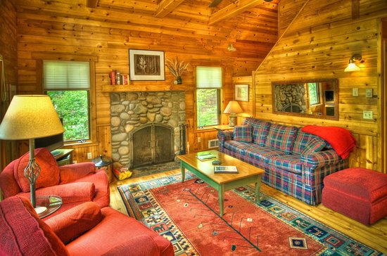 Metolius River Resort: Living room