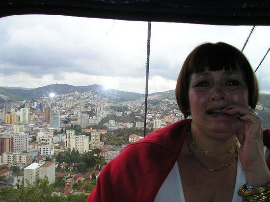Cable Car to Sao Domingos ridge : A vista que já dá para ver do teleférico