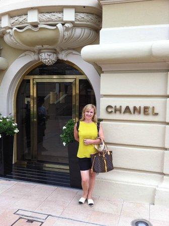 Casino of Monte-Carlo : Chanel nearby