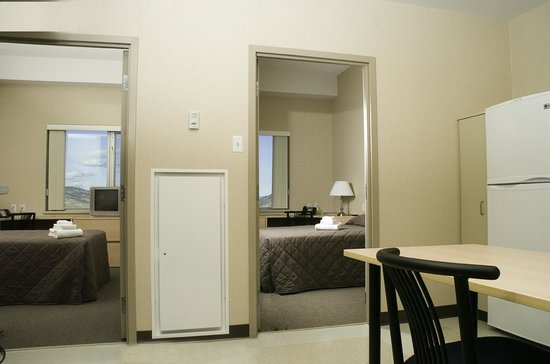 Residence & Conference Centre - Kamloops: Two Bedroom Suite