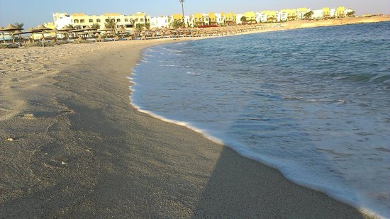 Concorde Moreen Beach Resort & Spa Marsa Alam : На  рассвете