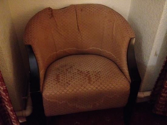 Britannia Ashley Hotel: damp chair