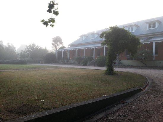 Fitzroy Inn: Misty morning @ the Inn