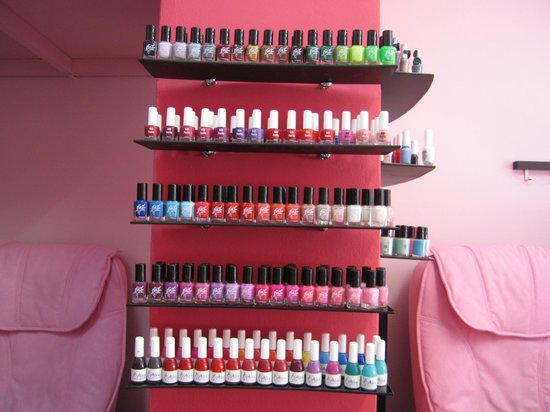 Pretty Saloon: more nail laquers!