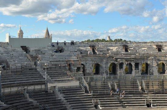 Arenes de Nimes: Vista general del monumento