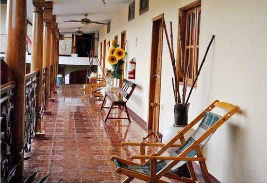 Hotel Economico : Corredor