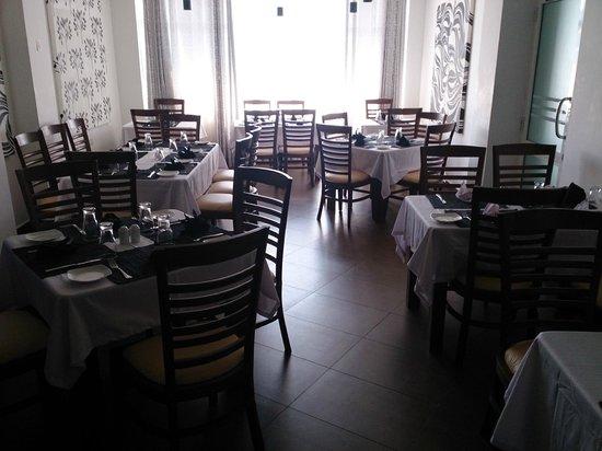 Port View City Hotel : restaurant