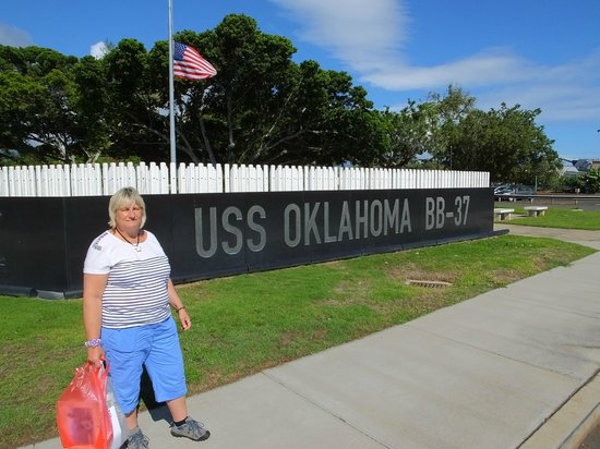 USS Oklahoma Memorial : Paying Tribute..!