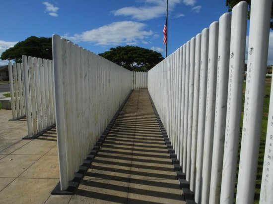 USS Oklahoma Memorial : Just Walk Around..!