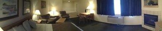 Asteria Inn & Suites: Grandmaster Smoking