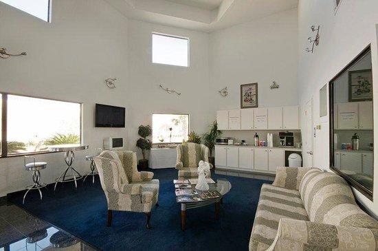 Americas Best Value Platinum Inn & Suites : Lobby