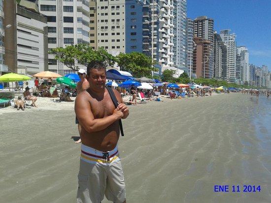Camboriu Praia Hotel: Playa Camboriú