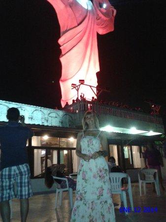 Camboriu Praia Hotel: Cristo Luz. Ideal para una noche de diversión