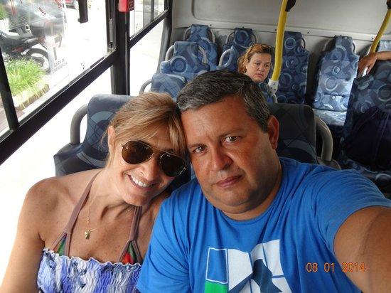 Camboriu Praia Hotel: Camino a Larangeiras en ómnibus de línea. Si ya lo hiciste en barco y teleférico , mucho mas bar