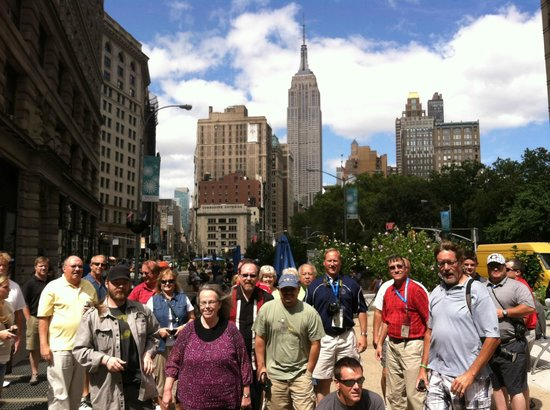 Jim dykes new york guide takes family to visit miss for New york city tours for families