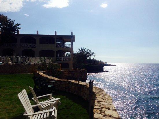 Home Sweet Home Resort: Outside