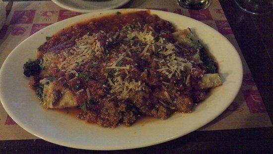 Restaurante Ahonikenk Chalten Fonda Patagonia: caneloni