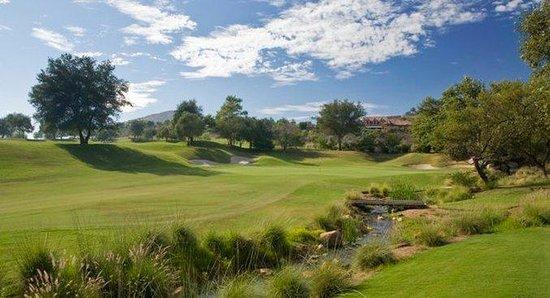 Holiday Inn Express San Diego N - Rancho Bernardo: Golf Course by Holiday Inn Express San Diego Rancho Bernardo hotel
