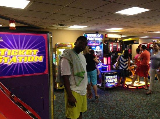 Coco Key Water Resort: The arcade