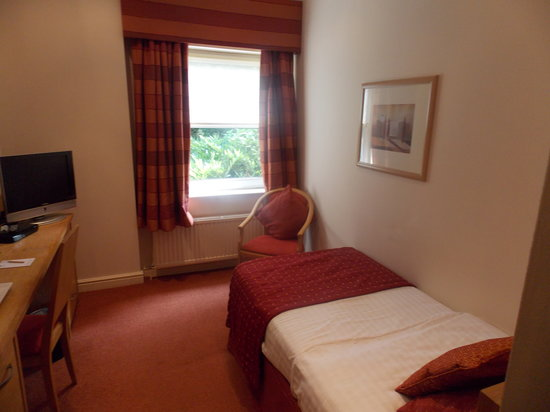 Woodlands Hotel: Standard Single