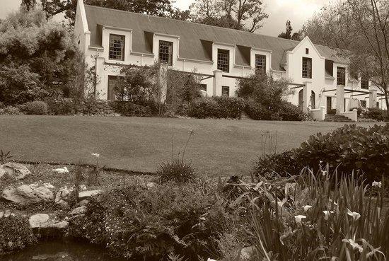 The Cellars-Hohenort : Cellars Hohenort Hotel , Garden wing