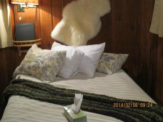 Rundle Cabins: Bedroom