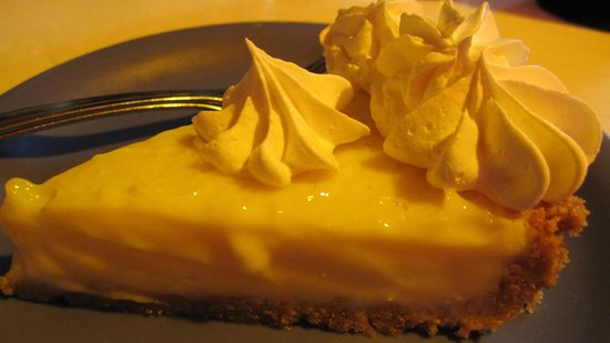 Mrs. Mac's Kitchen: Lime pie