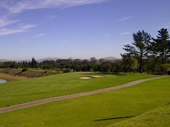 Devonvale Golf & Wine Estate: 9th hole