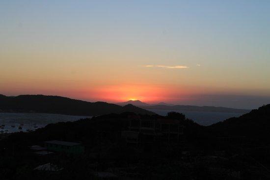 Pousada Santorini : atardecer desde el balcon