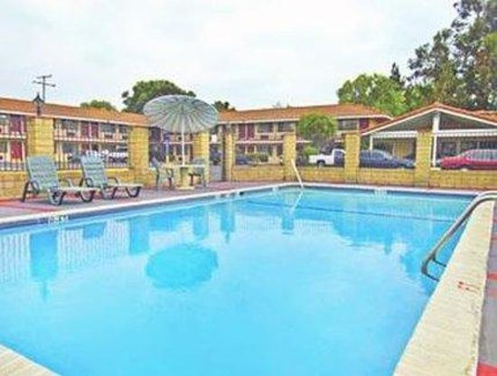 Rivera Pool americas best value inn pico rivera e los angeles prices motel