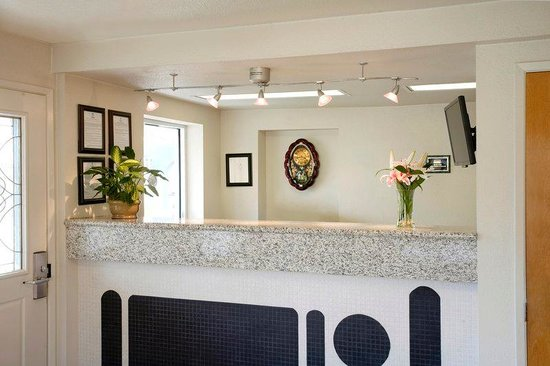 Americas Best Value Inn- Turlock Inn : Lobby