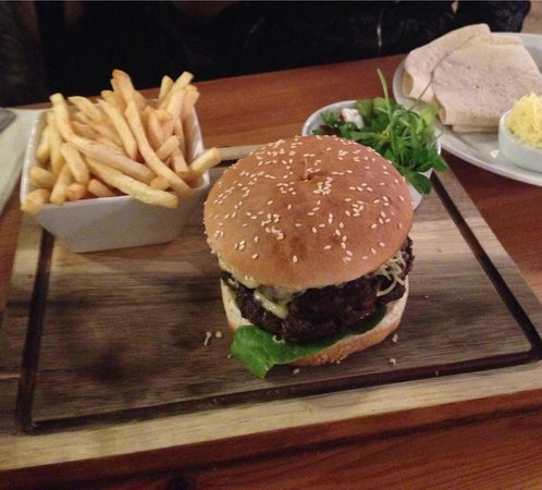 Samuel Pepys: Big Sam burger- very tasty!