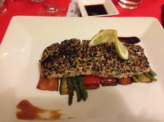 Sushilive : Meraviglioso e freschissimo salmone del San Valentino