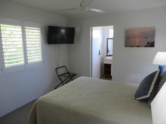 Bali Hai Apartments Noosa: Master bedroom