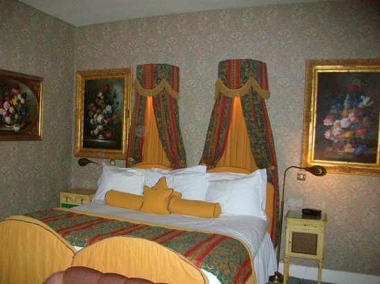 Roman Camp Hotel: Lady Esher room