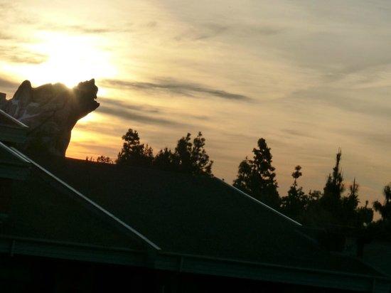 Disney's Grand Californian Hotel & Spa: Sunrise