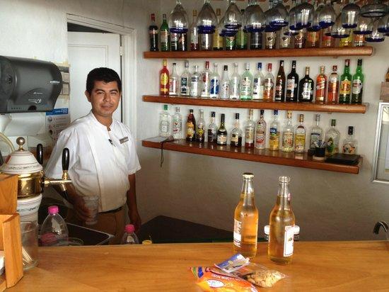 Punta Serena: El Barman muy amable y atento.